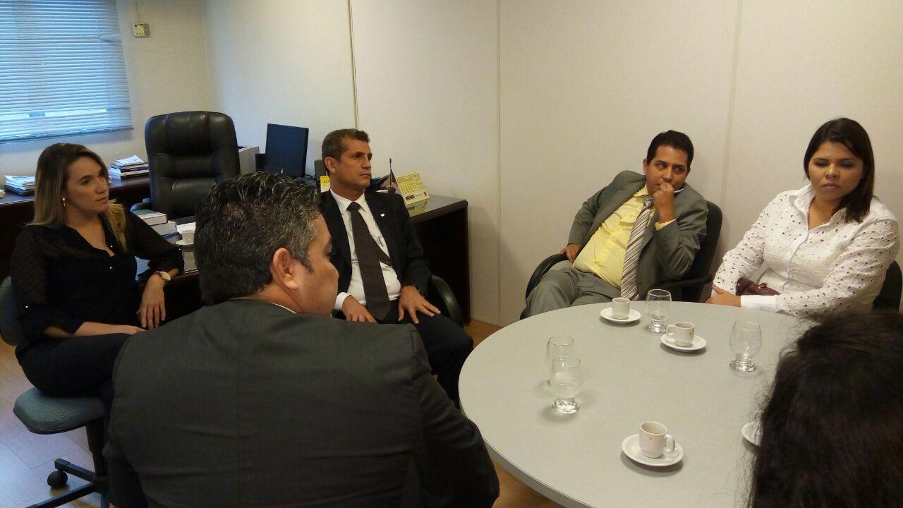 Comissão de Direito Eleitoral discute com Paulo Maia cartilha para eleições e comitê de combate ao Caixa 2