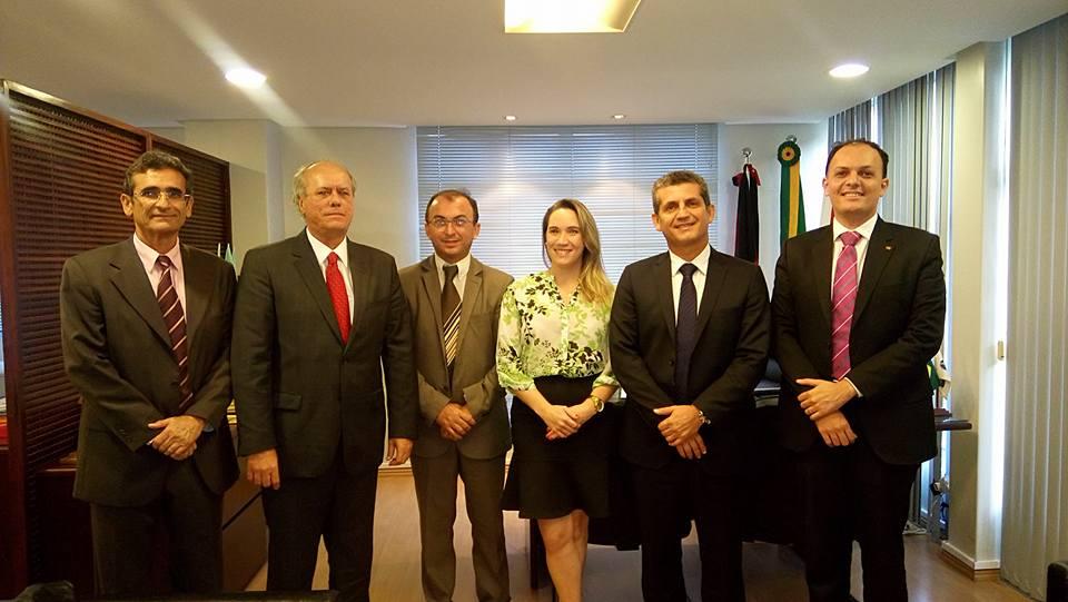 Diretoria da OAB-PB recebe visita de cortesia do desembargador José Ricardo Porto