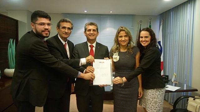 Advogados apresentam a Paulo Maia projeto para criação da comissão de Advocacia Pro Bono