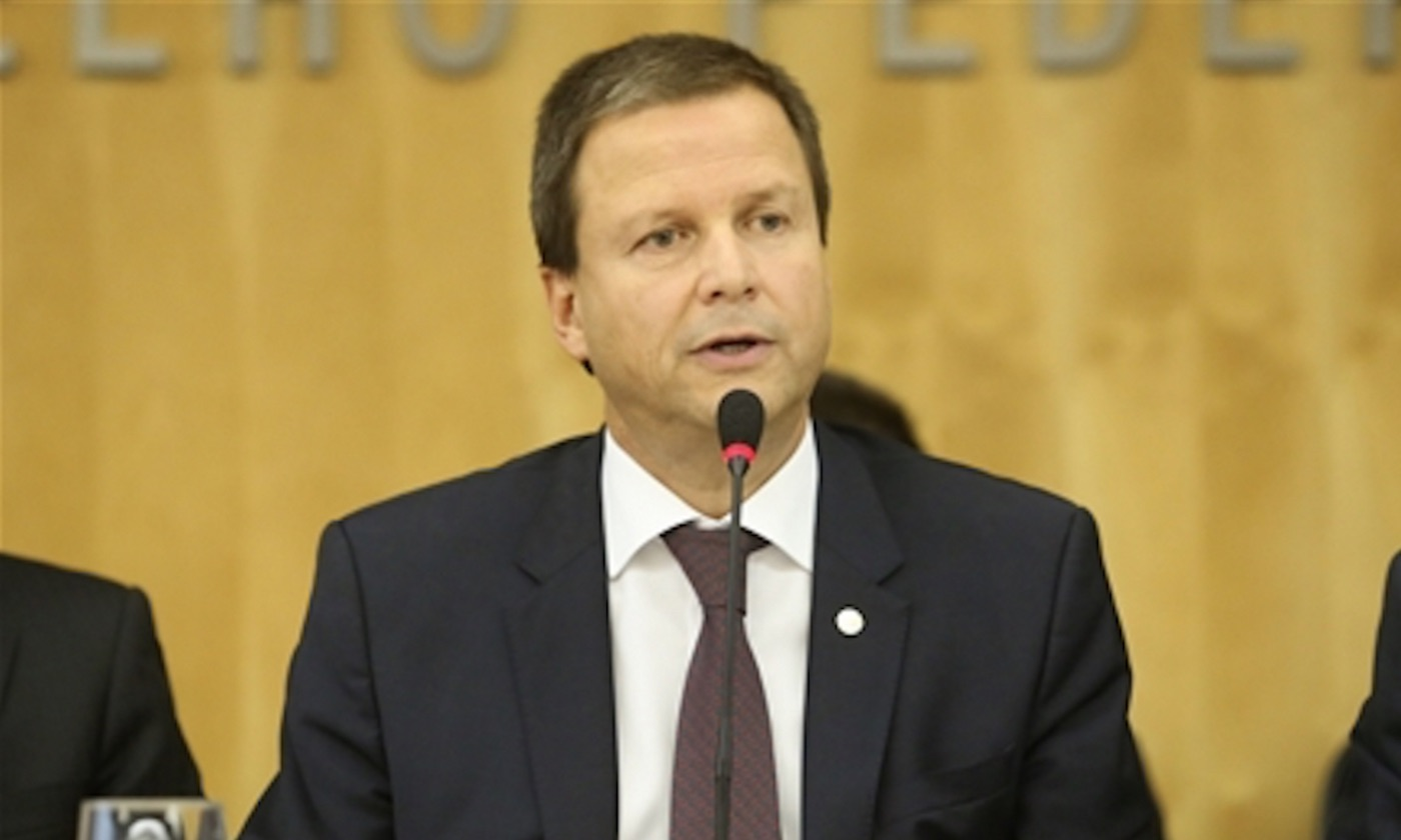 Após 1º turno, presidente da OAB vê acerto na proibição de doações por empresas
