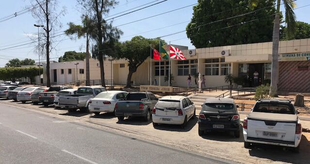 OAB solicita providências para ocupação indevida do estacionamento do Fórum de Cajazeiras por veículos apreendidos