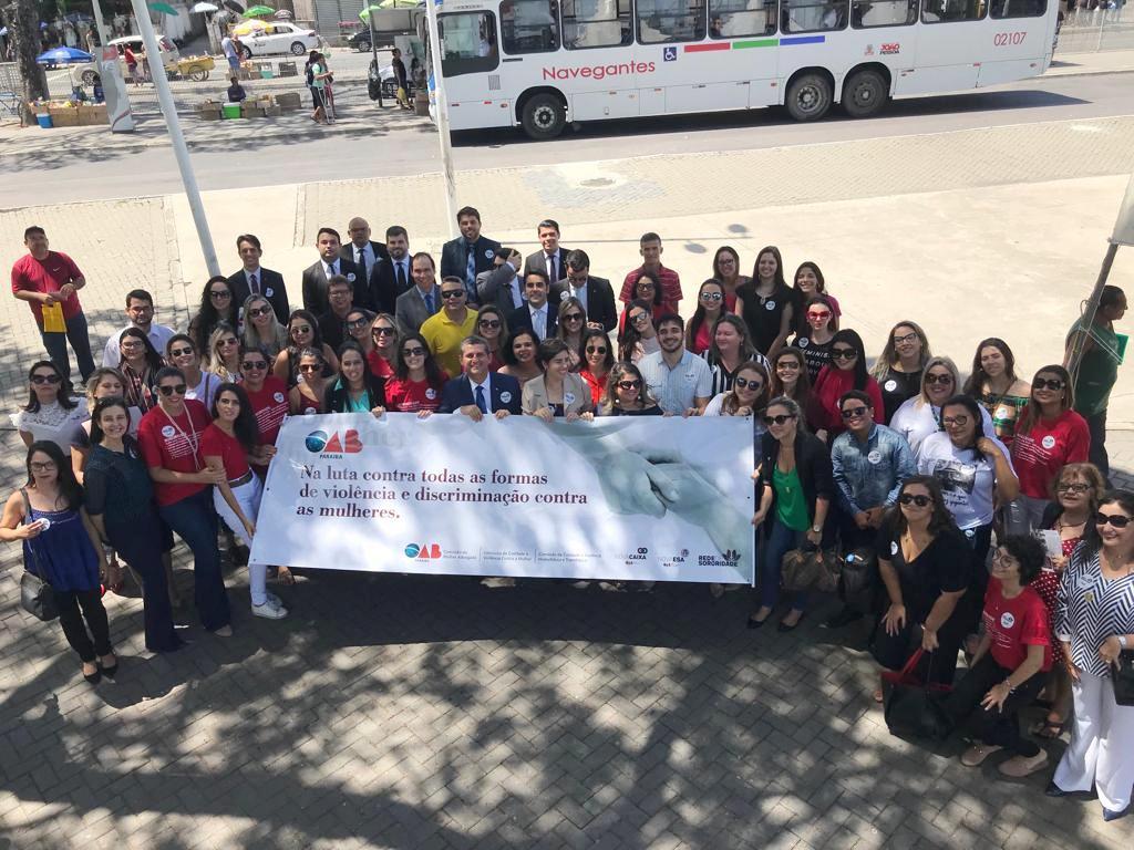OAB-PB, Comissões e Entidades representativas realizam Ato Público contra o feminicídio