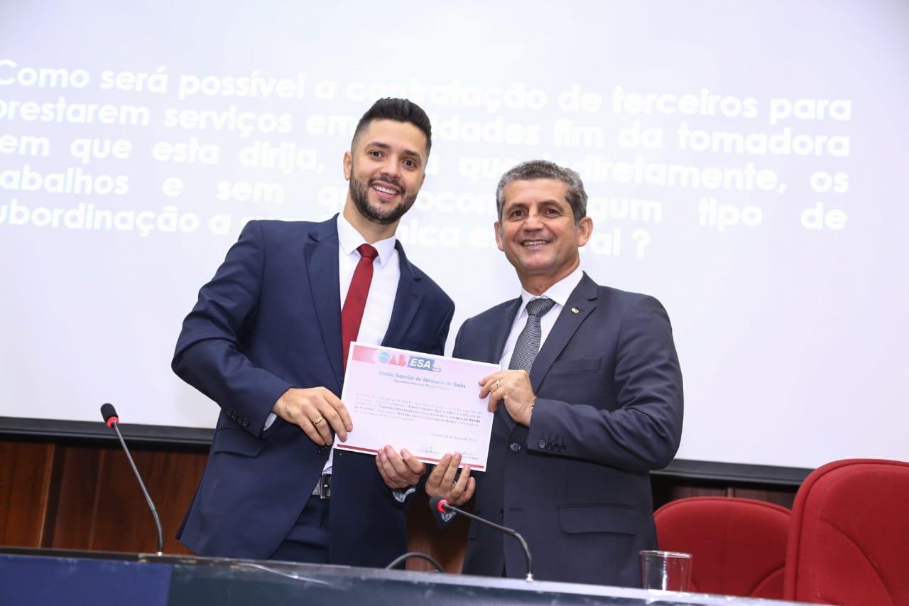 Paulo Maia ministra palestra sobre futuro da terceirização no Brasil em simpósio da ESA de Goiás