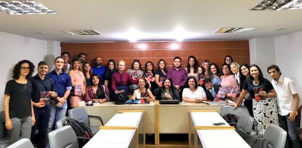 """Comissão de Direitos Humanos realiza primeiro Café Pensante do ano sobre """"Mulheres e Ditadura: Vozes e Resistência"""""""