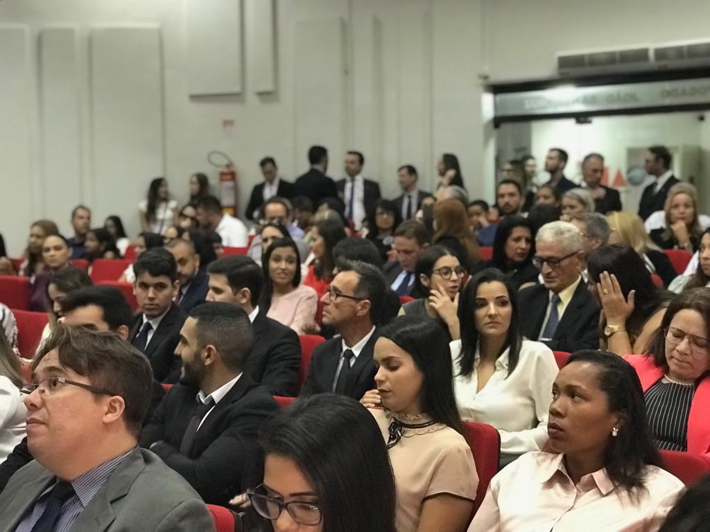 OAB-PB entrega carteiras aos novos advogados e estagiários; veja fotos