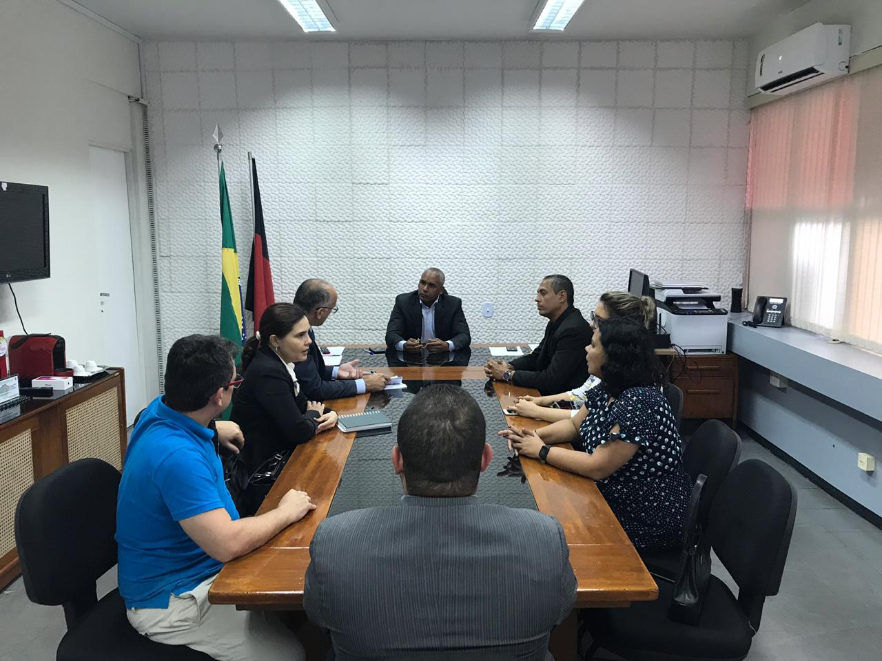 Comissão da OAB-PB se reúne com secretário do estado e discute sistema penitenciário paraibano