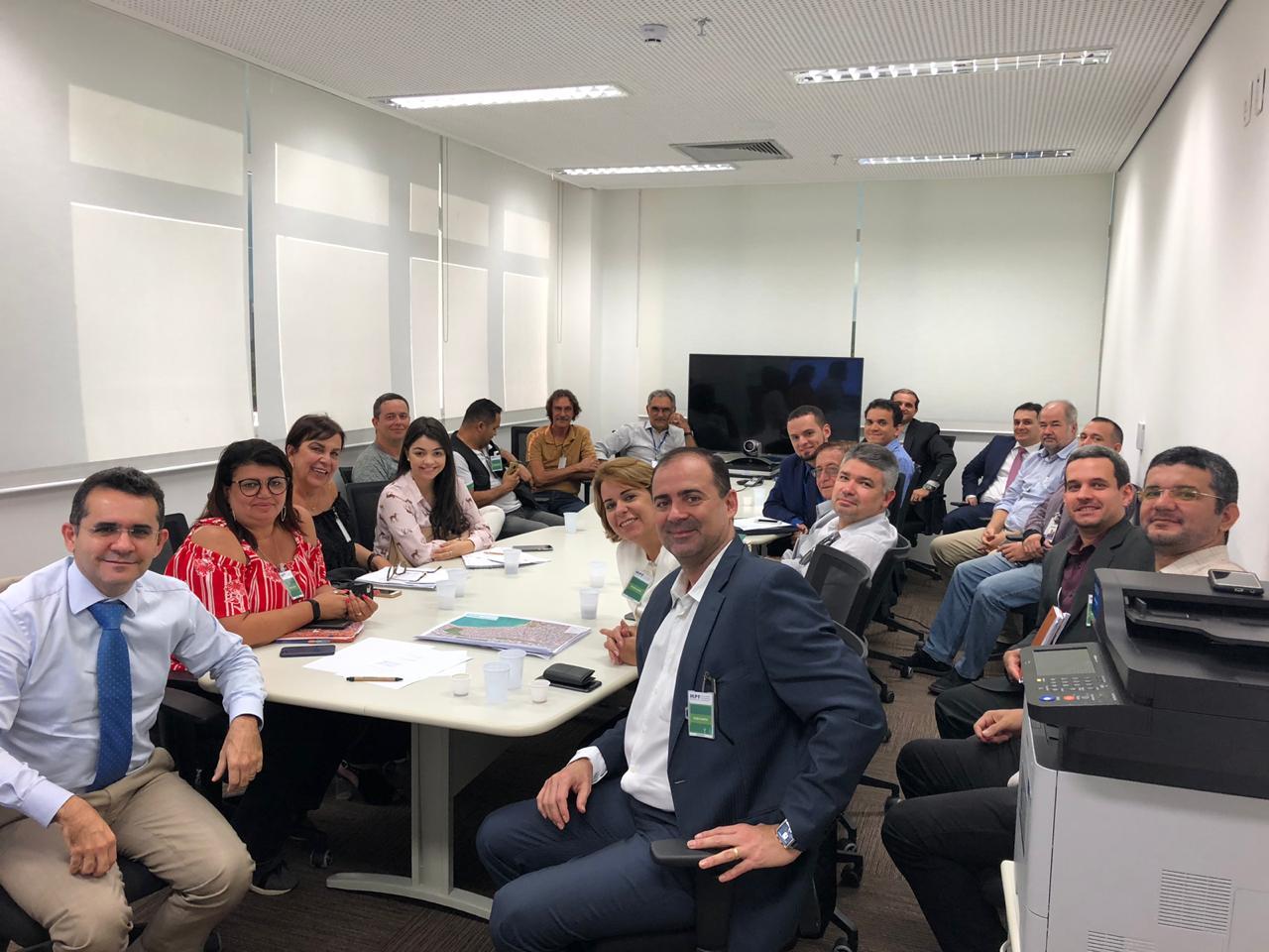 Comissão de Direito Ambiental da OAB-PB participa de reunião e discute poluição de praias da Capital