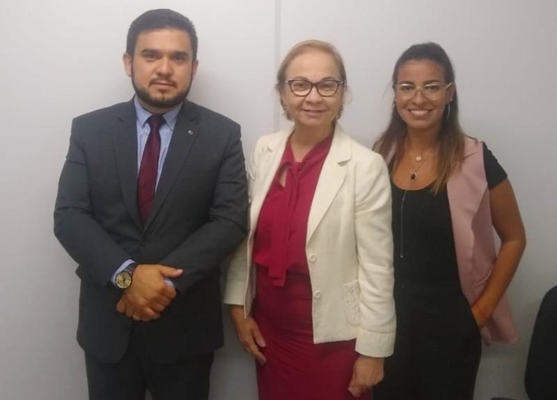 Comissão de Direitos Humanos da OAB-PB se reúne com promotora de justiça e discute projeto sobre violência doméstica