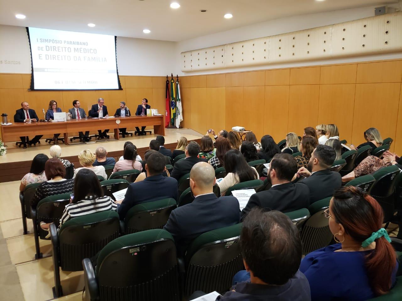 Primeiro simpósio Paraibano de Direito Médico e Direito da Família é um sucesso