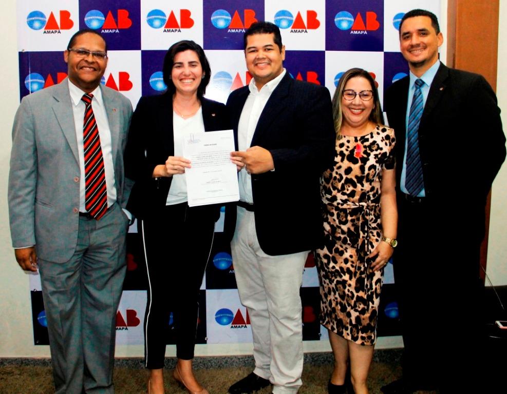 Tesoureira da OAB-PB realiza visita institucional a Seccional do Amapá