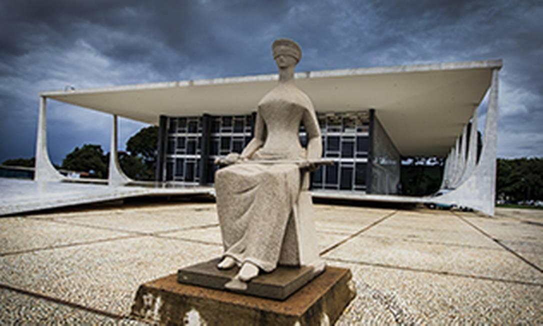 OAB solicita ao STF suspensão de autorização de novos cursos de direito por cinco anos