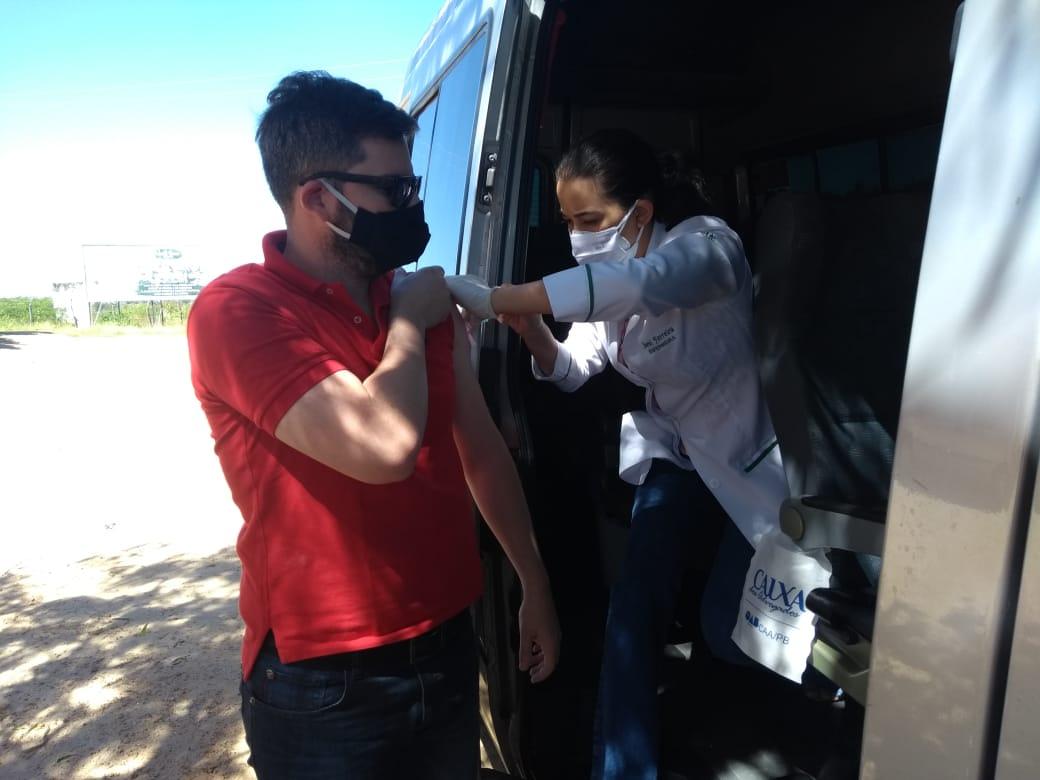 Caravana de Vacinação da CAA-PB imunizará advogados em bairros de João Pessoa